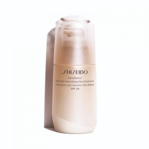 Benefiance Wrinkle Smoothing Day Emulsion